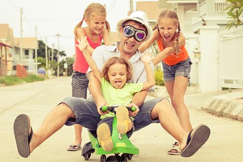 Второстепенна ли е ролята на бащата за децата?