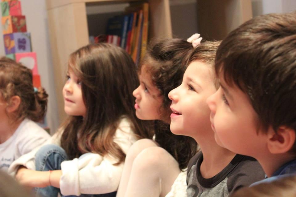 Little Friends – любов и светлина за най-малките с метода Монтесори