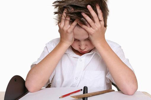 Защо децата трябва да пишат домашните си сами и още няколко полезни съвета
