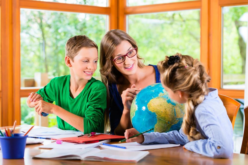 Причините, заради които все повече родители предпочитат домашното обучение
