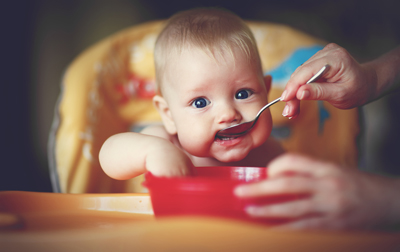 Съвети за хранене на бебето на една година