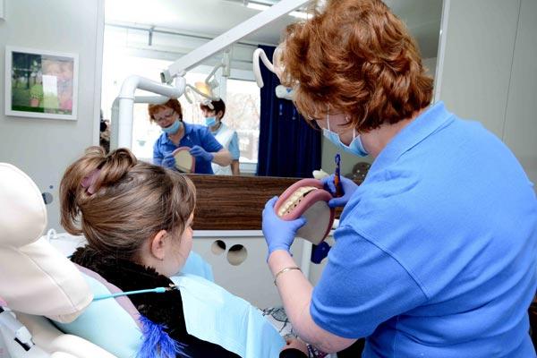 10 хиляди деца ще бъдат прегледани по време на национална кампания за профилактика на детските зъби