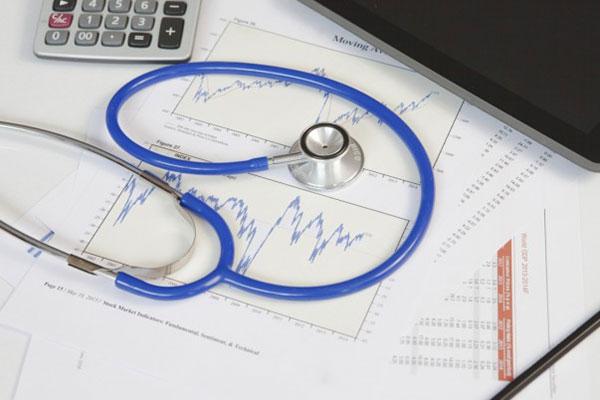 От догодина първият ден от болничния ще се плаща от работника