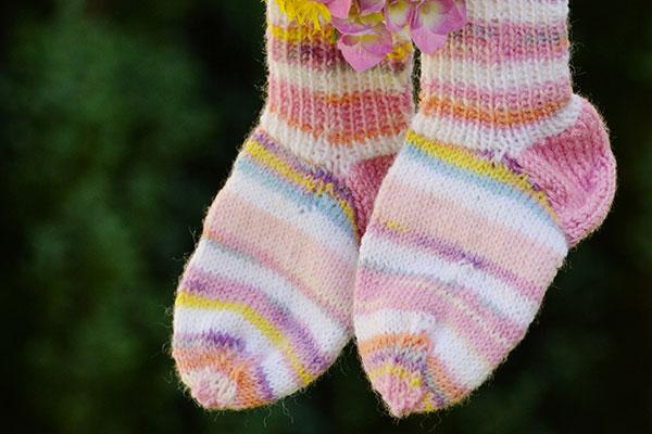Обуйте шарени чорапи в международния ден на хората със Синдром на Даун