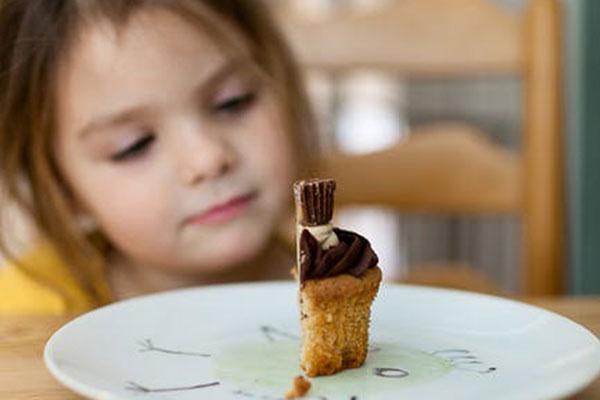 Отпада изискването храните за децата да отговарят на Българския държавен стандарт