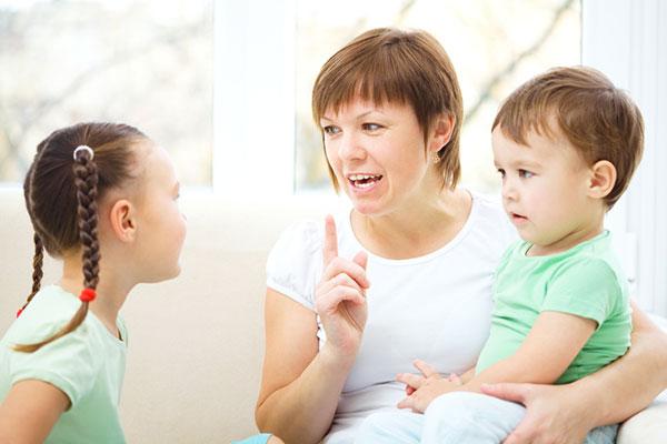 Начинът, по който говорим на децата, се превръща в техен вътрешен глас