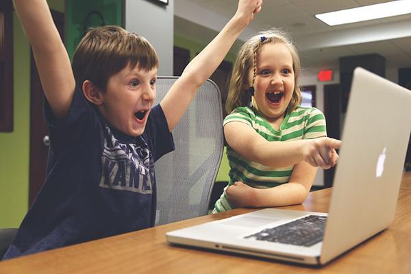 Компютърни игри учат децата на финансова грамотност