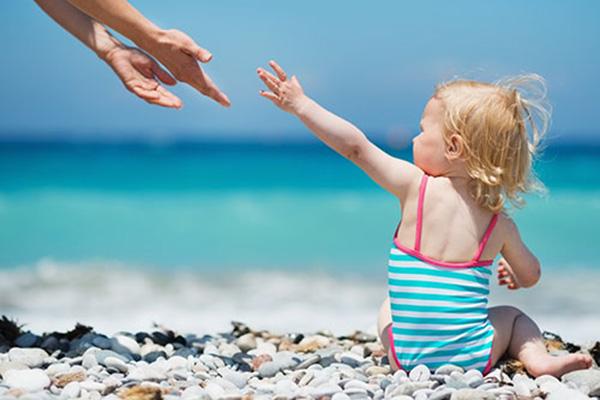 Слънцето и ползите за децата от него