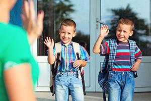 Как родителите да подкрепят емоционално децата си в първия учебен ден?