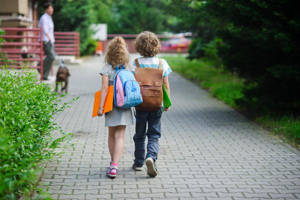 Размерът на еднократната помощ за първокласници остава без промяна