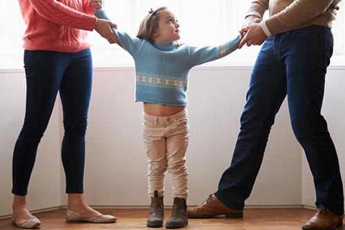 Кога се извеждат деца от семейството