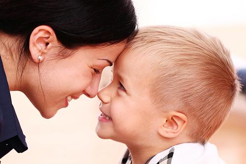 Какво съм за децата си – родител,приятел или и двете?