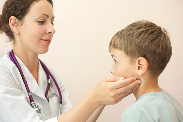 Увеличени лимфни възли при децата: Да се тревожим ли?