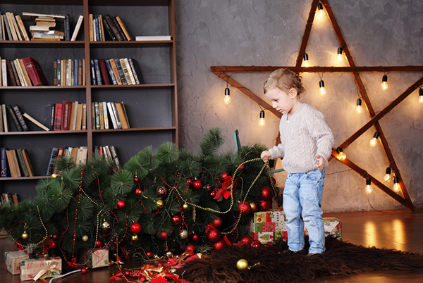 Купувайте по-малко джаджи за подаръци на децата, съветват педиатрите