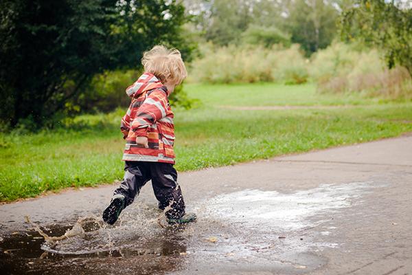 Какво да правим заедно с децата, когато навън не е за разходка