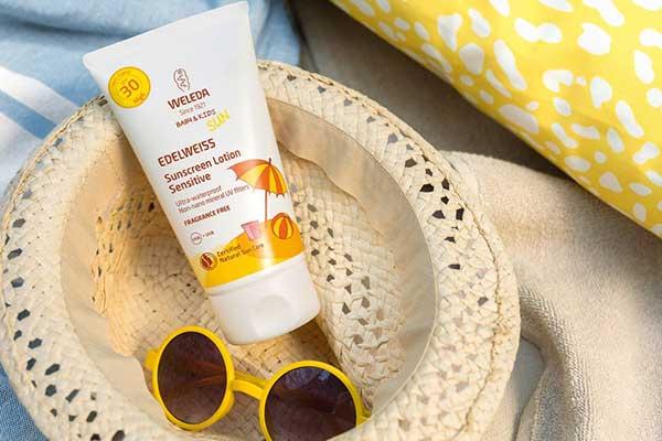 Слънцето идва с Weleda: Спечелете слънцезащитен продукт за нежната кожа на вашето слънчице