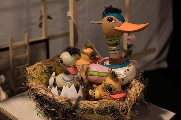 Грозното пате – премиера на Столичен куклен театър за най-малките