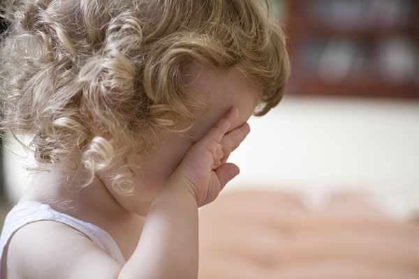 """""""Спри веднага да плачеш!"""" – какво се случва, когато забраняваме емоциите"""