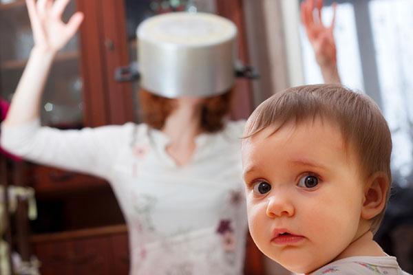 10 тъмни истини за родителството, за които рядко говорим