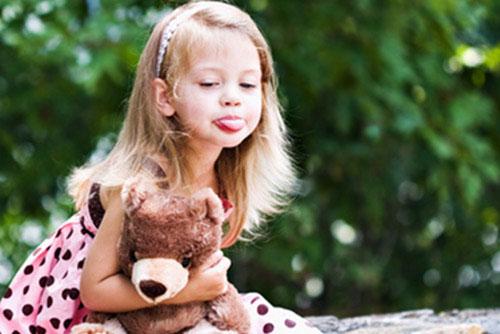 Неприемливо поведение при децата. Какво означава това?