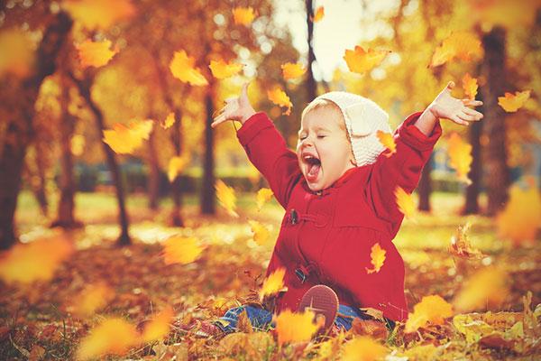 Полезни съвети как да държите есенните настинки далеч от хлапето