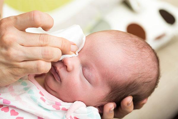 Видове конюнктивити при децата и лечението им