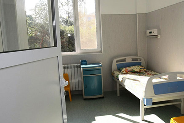 Правителството закри Фонда за лечение на деца в чужбина