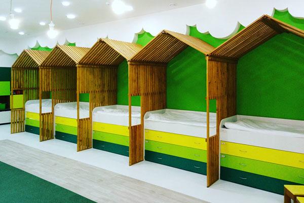 Трябва ли да има спални кътове в яслите и градините?