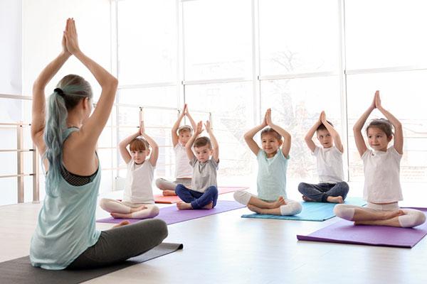 Въвеждат медитация в учебния план на училищата във Великобритания