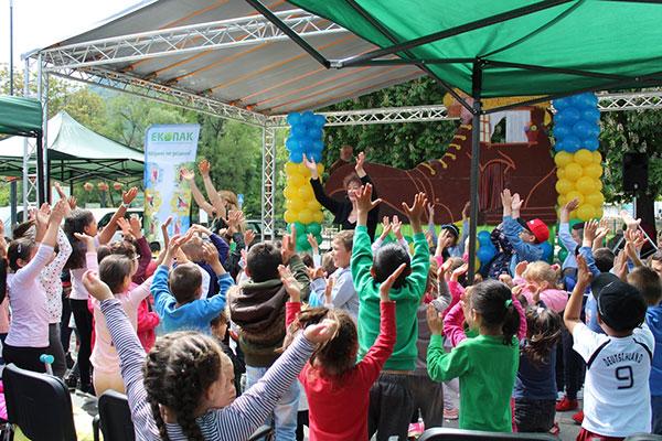 Весел детски празник зарадва децата на Тетевен