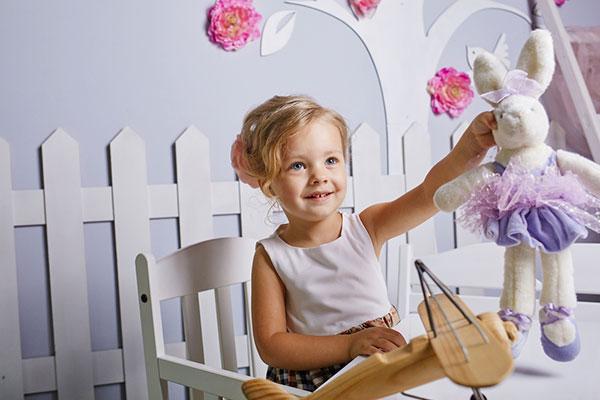Как да подредим детската стая, за да стимулираме въображението и интелекта на детето