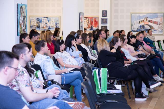 """Стотици настоящи и бъдещи родители се събраха на """"Форум бременност и детско здраве"""" във Варна"""