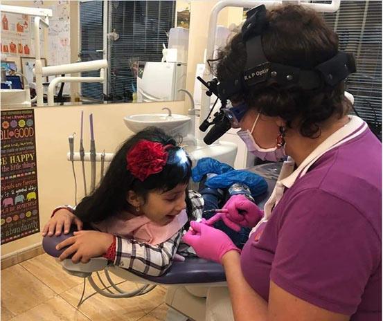 Десет съвета, с които ще сме по-ефективни, когато заведем детето на зъболекар